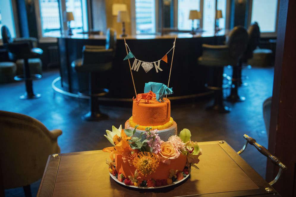 Hochzeitstortendekoration - Origamidekoration