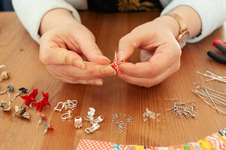 Origami wird zu Schmuck